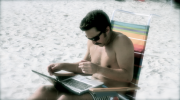 beach_laptop_2_thumb